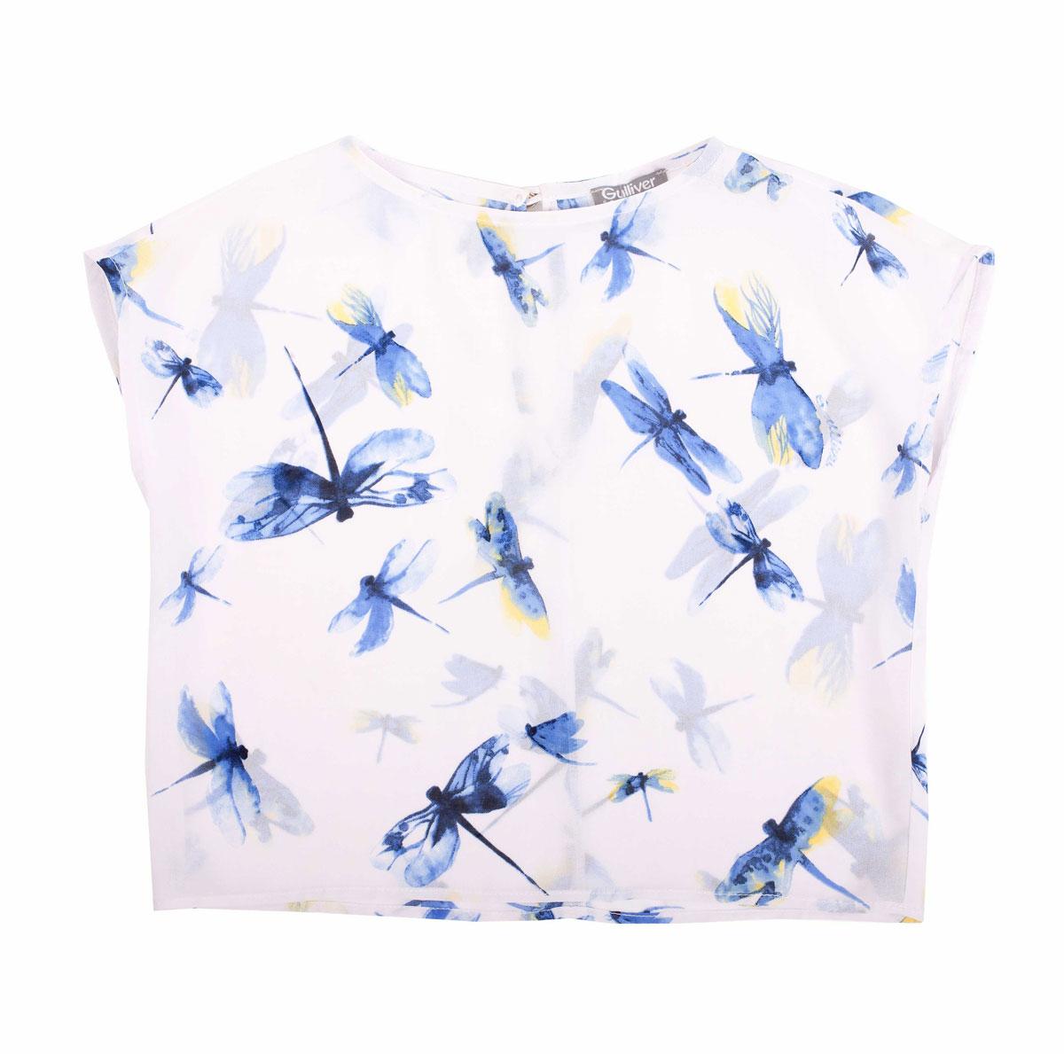 Блузка для девочки Голубая стрекоза. 11602GMC220311602GMC2203Модная блузка для девочки Gulliver Голубая стрекоза идеально подойдет вашей малышке. Изготовленная из натурального хлопка, она позволяет телу дышать, не раздражает даже самую нежную и чувствительную кожу ребенка, обеспечивая наибольший комфорт. Модель свободного кроя с круглым вырезом горловины оформлена принтом в виде стрекоз. На спинке изделие застегивается на пуговицу. Оригинальный современный дизайн делает эту блузку модным и стильным предметом детского гардероба.