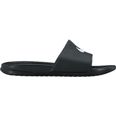 Шлепанцы мужские Benassi Shower Slide. 819024819024-010Мужские шлепанцы Benassi Shower Slide от Nike - это чистота линий и водонепроницаемый износоустойчивый верх. Модель изготовлена из высококачественной резины и оформлена фирменным логотипом бренда. Текстурированная стелька обеспечивает массажный эффект и способствует расслаблению ног. Цельная инжектированная подошва - для мягкости и невесомой амортизации. Рифление на подошве гарантирует идеальное сцепление с любой поверхностью. Модные шлепанцы покорят вас своим дизайном и удобством! Они прекрасно подойдут для прогулок по пляжу или похода в бассейн.