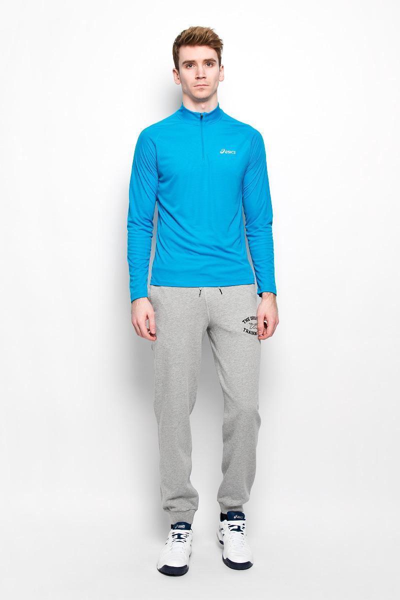Брюки спортивные мужские Graphic Cuffed Pant131534-0053Удобные мужские спортивные брюки Asics Graphic Cuffed Pant великолепно подойдут для отдыха и повседневной носки. Модель средней посадки изготовлена из хлопка с добавлением полиэстера, благодаря чему великолепно пропускает воздух, обладает высокой гигроскопичностью и превосходно сидит, а также отводит влагу от кожи, обеспечивая вам комфорт во время тренировок. Брюки оформлены контрастным принтом в виде логотипа производителя и надписи The Original Training Club. Брюки имеют широкую эластичную резинку на поясе. Объем талии регулируется при помощи шнурка-кулиски. Брюки оснащены двумя втачными карманами спереди, брючины дополнены эластичными манжетами снизу. Эти модные и в тоже время удобные брюки - настоящее воплощение комфорта. В них вы всегда будете чувствовать себя уверенно и уютно.