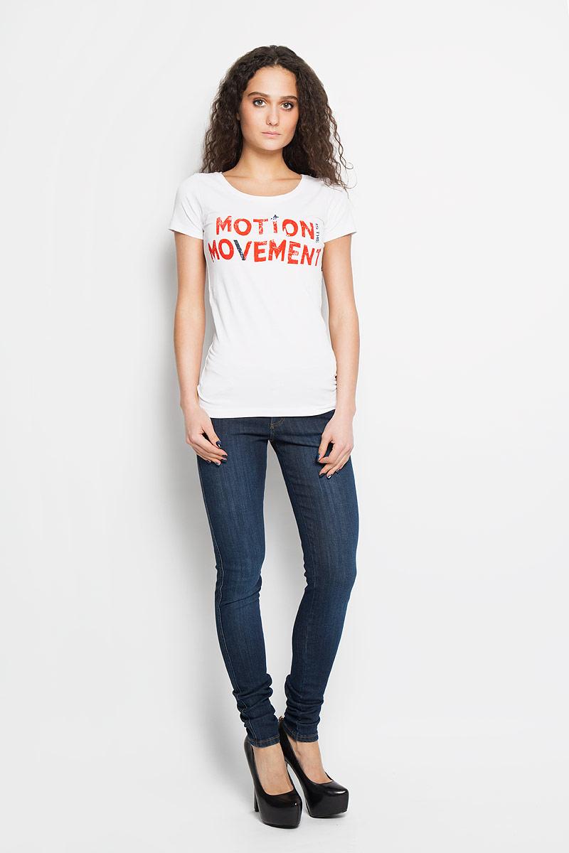 Футболка женская. 12380/Movement12380/Movement_whiteСтильная женская футболка F5, выполненная из хлопка с добавлением эластана, обладает высокой теплопроводностью, воздухопроницаемостью и гигроскопичностью, позволяет коже дышать и отлично тянется. Модель с коротким рукавом и круглым вырезом горловины - идеальный вариант для повседневной носки. Изделие оформлено принтовыми надписями. Футболка от F5 подарит вам комфорт в течение всего дня и послужит замечательным дополнением к вашему гардеробу.