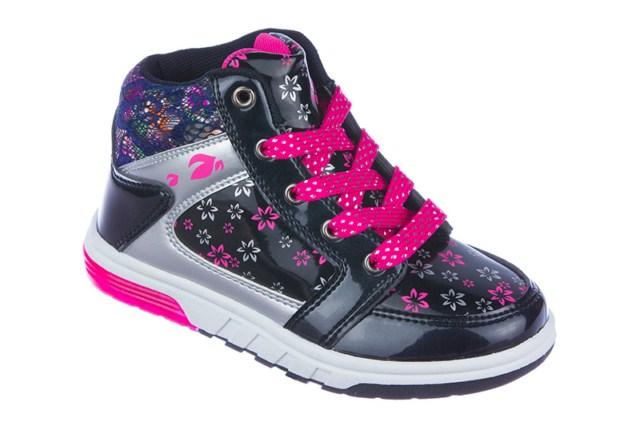Ботинки для девочки. 50-264C/1250-264C/12Ультрамодные ботинки от Indigo Kids приведут в восторг вашу девочку! Модель выполнена из искусственной лакированной кожи и дополнена текстильной вставкой на задней поверхности. Обувь оформлена цветочным принтом, на шнурках - блестящей нитью. Ботинки застегиваются на застежку-молнию, расположенную на одной из боковых сторон. Шнуровка прочно зафиксирует обувь на ноге. Стелька EVA с поверхностью из натуральной кожи обеспечивает комфорт и амортизацию при движении. Супинатор на стельке предотвращает развитие плоскостопия. В пяточной части подошвы при движении светятся яркие огоньки. Протектор на подошве гарантирует идеальное сцепление с любыми поверхностями. Удобные и стильные ботинки - необходимая вещь в гардеробе каждой девочки.
