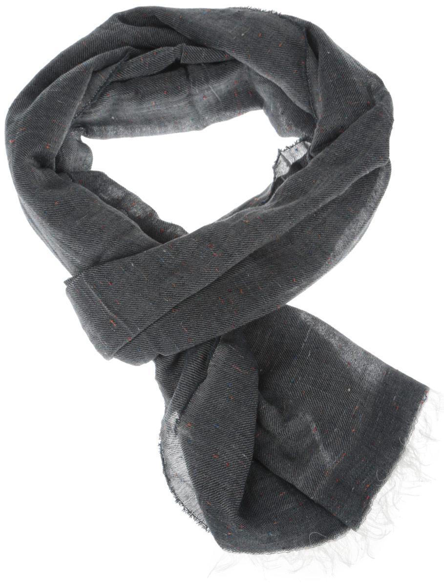 ШарфW0S01U09IМужской шарф Wrangler, выполненный из хлопка с добавлением модала и полиэстера, отлично подойдет для повседневной носки. Материал шарфа легкий, очень мягкий и приятный на ощупь. Благодаря составу, изделие максимально сохраняет тепло. Шарф оформлен по краям контрастной бахромой. Этот модный аксессуар гармонично дополнит ваш образ, а также подарит ощущение тепла, комфорта и уюта.