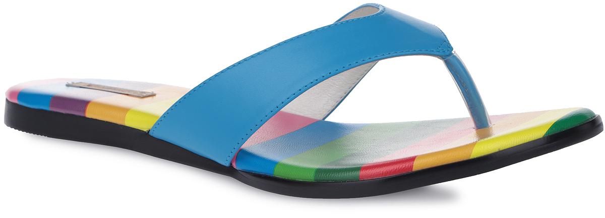 45170Модные женские сланцы от Vitacci выручат вас в жаркую погоду. Модель изготовлена из высококачественной натуральной кожи. Фиксирующий ремешок с перемычкой между пальцами позволит надежно закрепить модель на стопе. Стелька из натуральной кожи с принтом в разноцветную полоску комфортна при движении. Стильные сланцы прекрасно подойдут для похода в бассейн или на пляж.