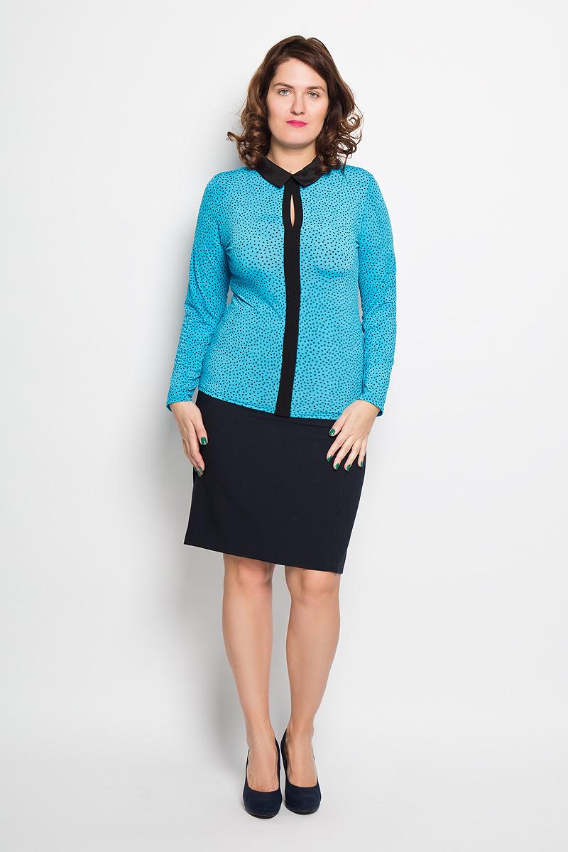Блузка женская. 18261826Блузка Milana Style подчеркнет ваш уникальный стиль и поможет создать оригинальный женственный образ. Она изготовлена из высококачественных материалов, мягкая и приятная на ощупь, не сковывает движения, хорошо вентилируется. Модель с отложным воротником и длинными рукавами застегивается сзади на пуговицу. Спереди блузка дополнена вставкой контрастного цвета с небольшим разрезом в области груди. Оформлено изделие принтом в мелкий горошек. Такая блузка будет дарить вам комфорт в течение всего дня, а также послужит замечательным дополнением к гардеробу.