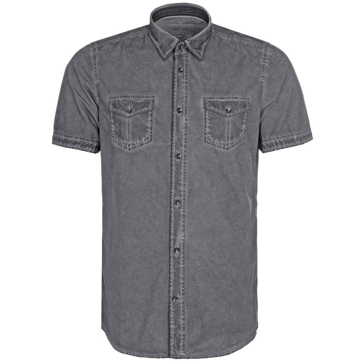Рубашка мужская. 2030560.99.102030560.99.10Мужская рубашка Tom Tailor, выполненная из высококачественного 100% хлопка, обладает высокой теплопроводностью, воздухопроницаемостью и гигроскопичностью, позволяет коже дышать, тем самым обеспечивая наибольший комфорт при носке. Модель классического кроя с отложным воротником и короткими рукавами застегивается на пуговицы. Рубашка дополнена двумя накладными карманами на груди. Однотонная рубашка великолепно подойдет к любому наряду. Такая рубашка подчеркнет ваш вкус и поможет создать великолепный стильный образ.