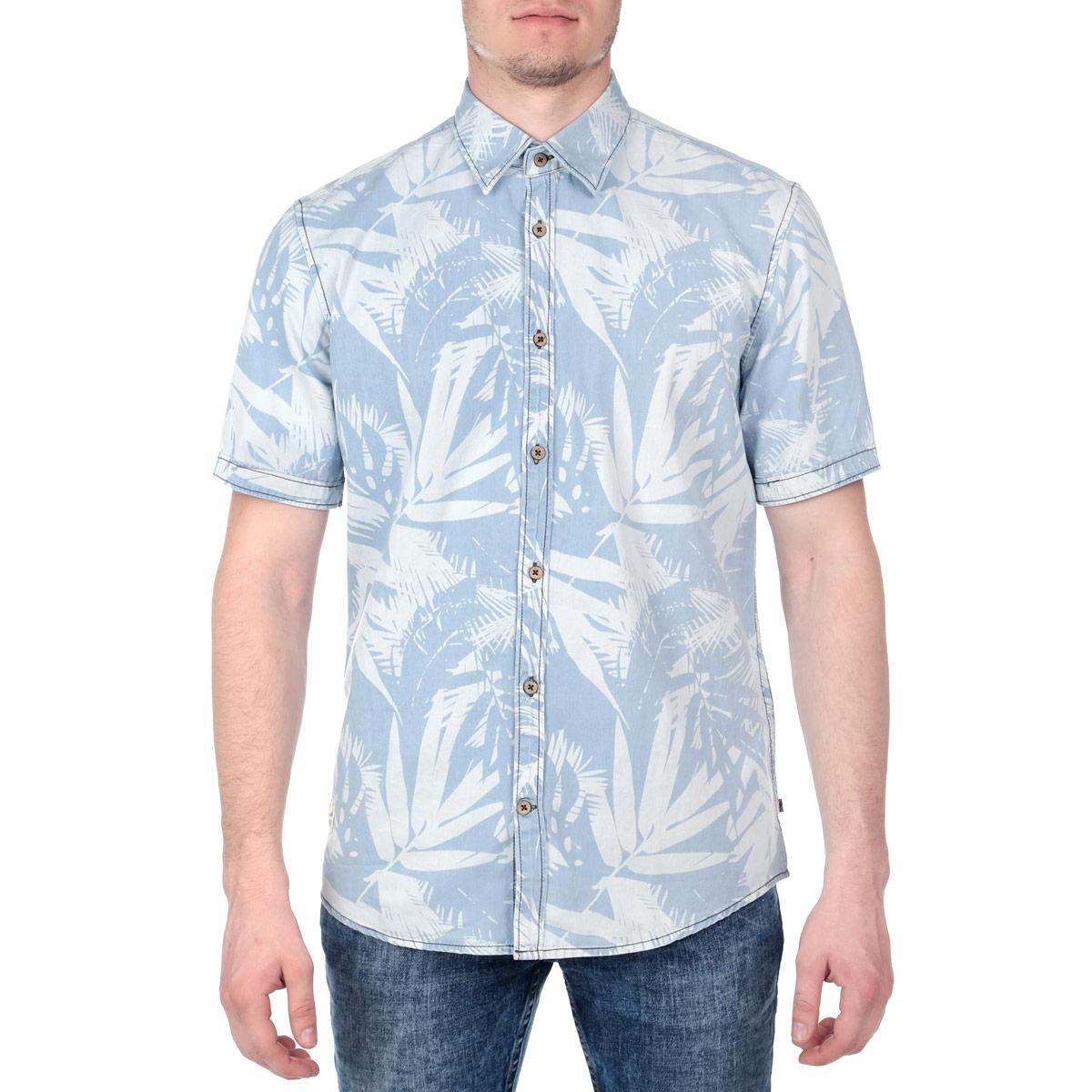 Рубашка мужская. 2029955.00.102029955.00.10Стильная мужская рубашка Tom Tailor, изготовленная из натурального хлопка, необычайно мягкая и приятная на ощупь, не сковывает движения и позволяет коже дышать, обеспечивая наибольший комфорт. Модная рубашка прямого кроя с короткими рукавами, отложным воротником и полукруглым низом застегивается спереди на оригинальные пуговицы по всей длине. Оформлено изделие растительным принтом, прострочкой и небольшой нашивкой. Эта рубашка идеальный вариант для повседневного гардероба. Такая модель порадует настоящих ценителей комфорта и практичности!