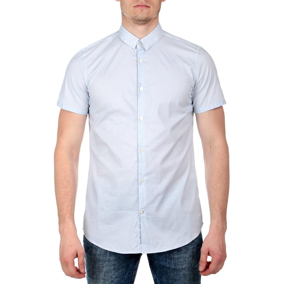 2029818.02.15Стильная мужская рубашка Tom Tailor, изготовленная из эластичного хлопка, необычайно мягкая и приятная на ощупь, не сковывает движения и позволяет коже дышать, обеспечивая наибольший комфорт. Модная рубашка прямого кроя с короткими рукавами, отложным воротником и полукруглым низом застегивается на пуговицы по всей длине. Оформлено изделие оригинальным мелким орнаментом. Эта рубашка идеальный вариант для повседневного гардероба. Такая модель порадует настоящих ценителей комфорта и практичности!