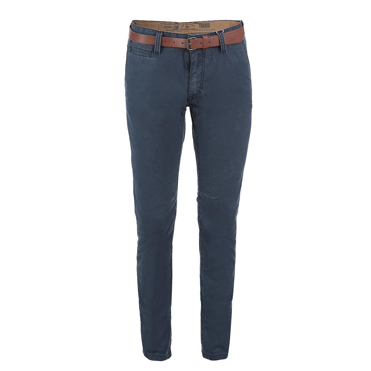Брюки мужские. 6403407.00.106403407.00.10Стильные мужские брюки Tom Tailor, выполненные из высококачественного материала, подходят большинству мужчин. Модель зауженного кроя и средней посадки станет отличным дополнением к вашему современному образу. Застегиваются брюки на пуговицу в поясе и ширинку на молнии, имеются шлевки для ремня и ремень из искусственной кожи в комплекте. Спереди модель оформлена двумя втачными карманами с косыми краями и небольшим секретным кармашком, а сзади - двумя втачными карманами с клапанами на пуговицах. Эти модные и в тоже время комфортные брюки послужат отличным дополнением к вашему гардеробу. В них вы всегда будете чувствовать себя уютно и комфортно.