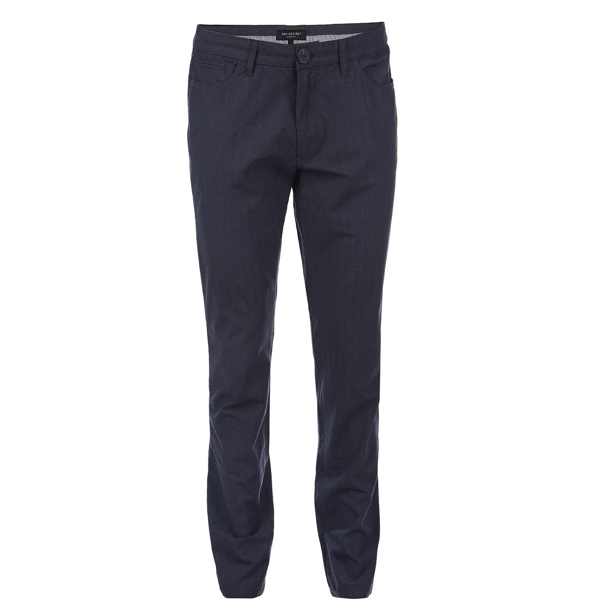 Брюки мужские. SSP1868STSSP1868STСтильные мужские брюки Top Secret высочайшего качества, подходят большинству мужчин. Модель прямого кроя и средней посадки станет отличным дополнением к вашему современному образу. Застегиваются брюки на молнию и пуговицу в поясе, имеются шлевки для ремня. Спереди модель оформлена двумя втачными карманами и одним секретным кармашком, а сзади - двумя прорезными карманами на пуговицах. Эти модные и в тоже время комфортные брюки послужат отличным дополнением к вашему гардеробу. В них вы всегда будете чувствовать себя уютно и комфортно.