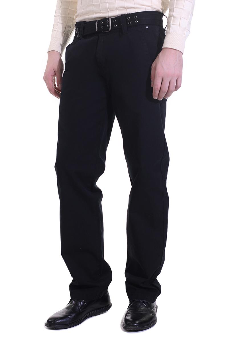 БрюкиB795017Стильные мужские брюки Baon высочайшего качества, подходят большинству мужчин. Модель прямого кроя и средней посадки станет отличным дополнением к вашему современному образу. Брюки выполнены из плотного хлопкового материала. На поясе модель застегивается на металлическую пуговицу и имеет ширинку на застежке-молнии, также имеются шлевки для ремня. В комплекте текстильный ремень. Спереди модель оформлена двумя втачными карманами с косыми срезами, а сзади - имитацией прорезных карманов. Эти модные и в тоже время комфортные брюки послужат отличным дополнением к вашему гардеробу. В них вы всегда будете чувствовать себя уютно и комфортно.