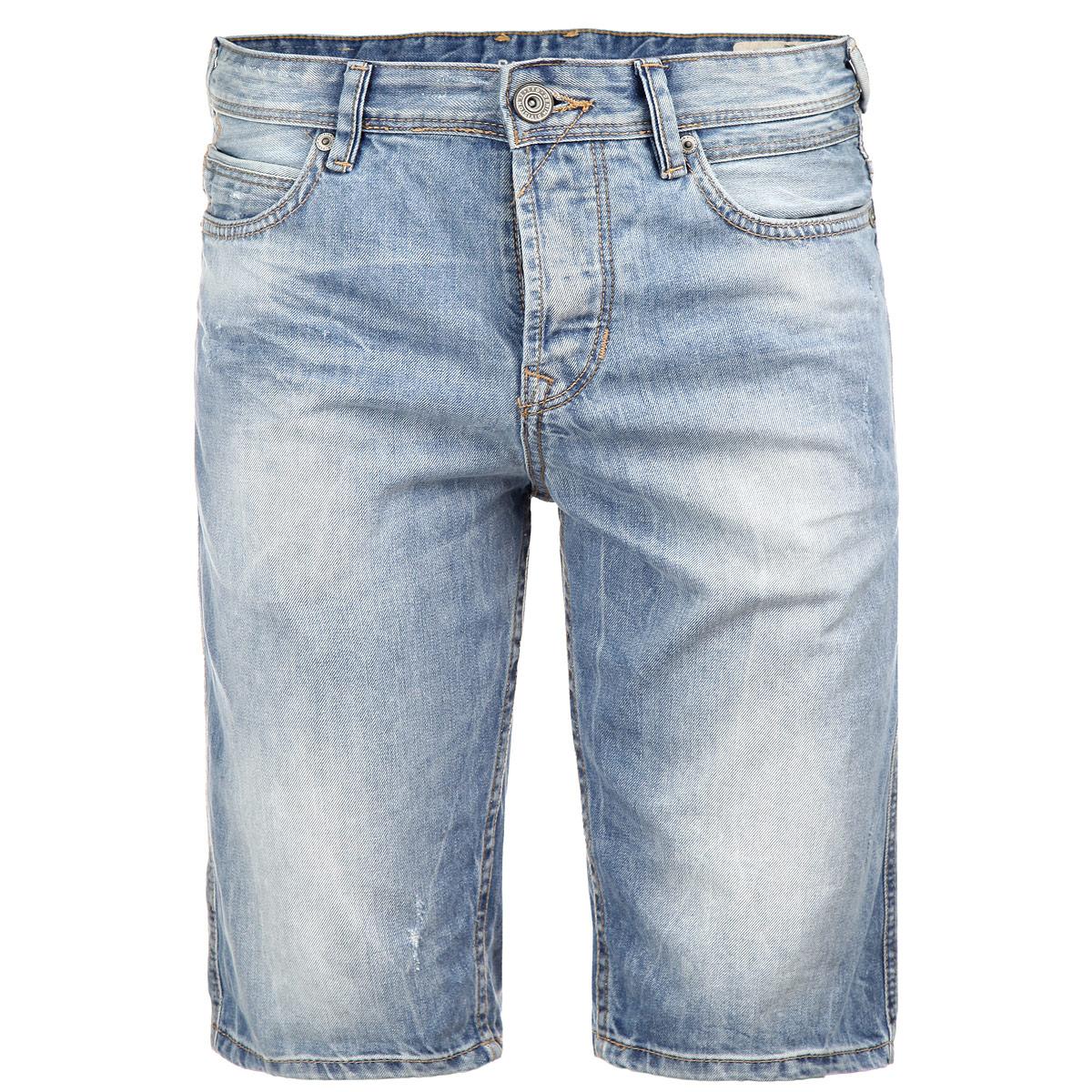 Шорты мужские. 6203054.99.126203054.99.12Мужские шорты Tom Tailor Denim классического кроя станут отличным дополнением к вашему современному образу. Модель с ширинкой на застежке-молнии застегивается на пуговицу. Шорты имеют классический пятикарманный крой: спереди модель оформлены двумя втачными карманами и одним маленьким прорезным кармашком, а сзади - двумя накладными карманами. На поясе имеются шлевки для ремня. Шорты украшены декоративными потертостями, придающими им стильный вид. Эти модные шорты послужат отличным дополнением к вашему гардеробу. В них вы всегда будете чувствовать себя уверенно и комфортно.