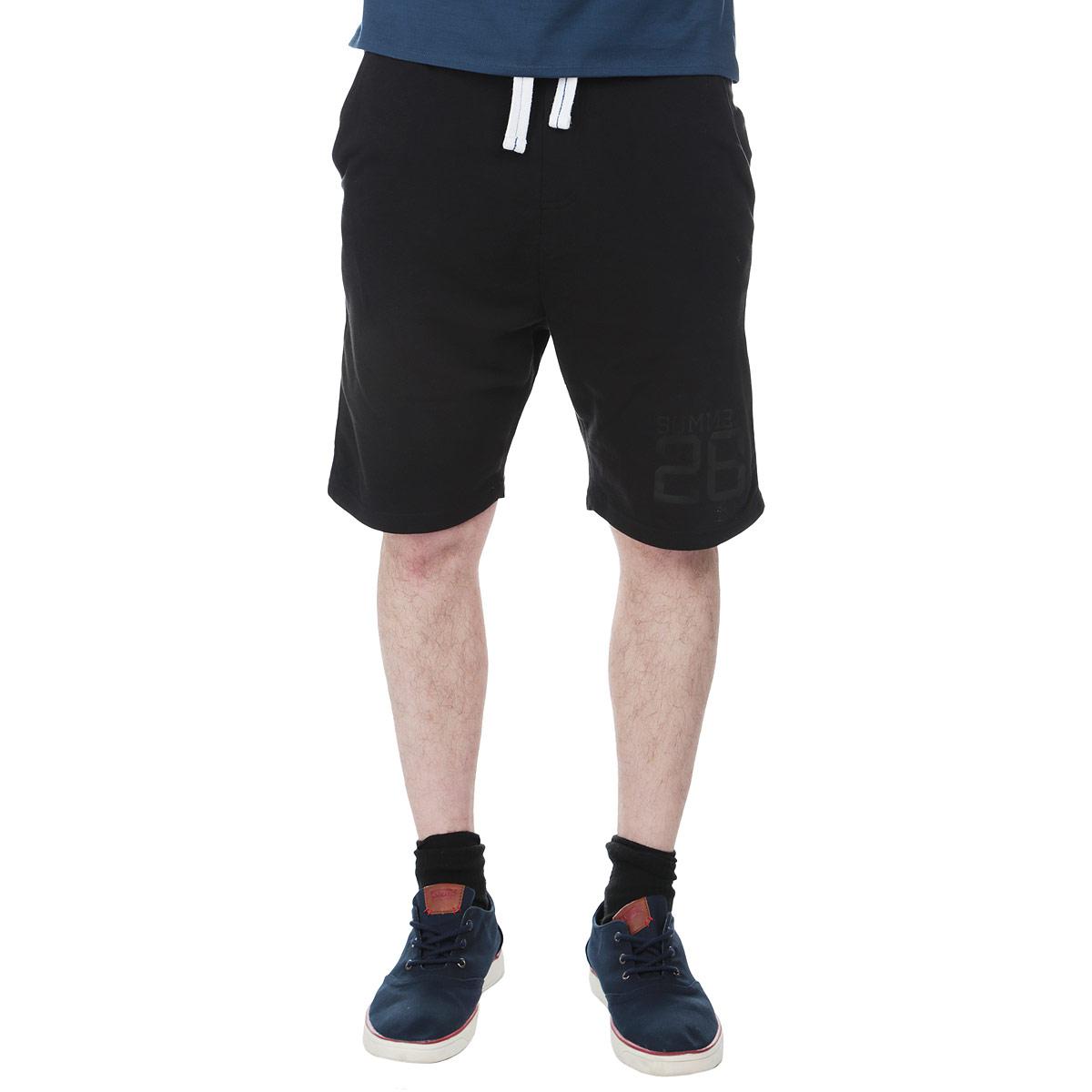 ШортыTSZ0156CAСтильные трикотажные мужские шорты Troll, выполненные из высококачественного материала, обладают высокой теплопроводностью, воздухопроницаемостью и гигроскопичностью, позволяют коже дышать, очень комфортны при носке. Модель прямого кроя на широком эластичном поясе с кулиской. Шорты дополнены двумя втачными карманами спереди и накладным карманом - сзади. Изделие оформлено принтовой надписью Summer 28. Такая модель будет дарить вам комфорт и послужит замечательным дополнением к вашему гардеробу.