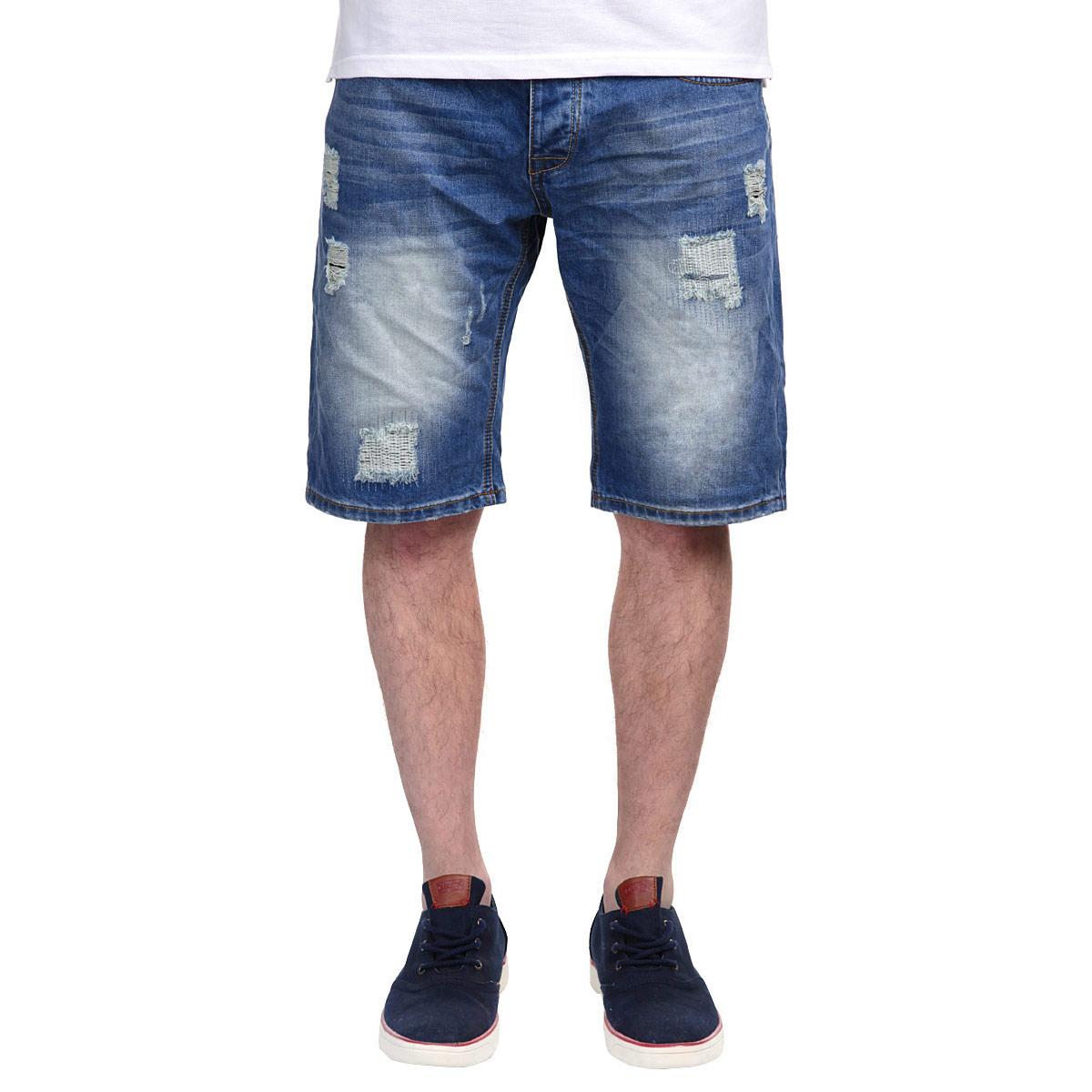 Шорты мужские. 1015273010152730 545Стильные джинсовые бермуды Broadway, изготовленные из высококачественного хлопка, не сковывают движения, обеспечивая наибольший комфорт. Модель прямого покроя? застегивается на пуговицу в поясе и ширинку на металлических пуговицах, предусмотрены шлевки для ремня. Спереди шорты оформлены двумя втачными карманами и двумя накладными секретными кармашками, сзади расположено три накладных кармана. Модель декорирована рваным эффектом, потертостями и перманентными складками. Такие бермуды - идеальный вариант для жарких летних дней.