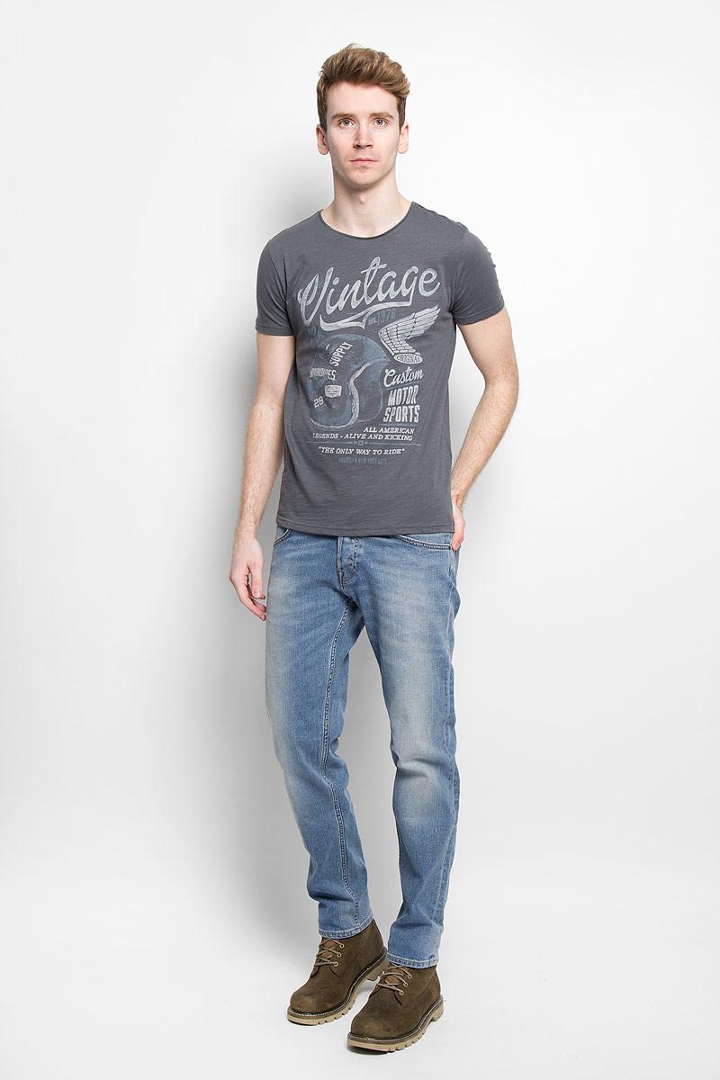 Футболка мужская. B736024B736024Стильная мужская футболка Baon обеспечивает наибольший комфорт и свободу движений в повседневной жизни. Сочетающая в себе свободный крой, удобную круглую горловину и короткие рукава, она подарит вам удобство и комфорт. 100% хлопок обеспечивает оптимальный микроклимат. Модель декорирована оригинальным принтом. В такой футболке вы будете чувствовать себя раскованно и непринужденно.