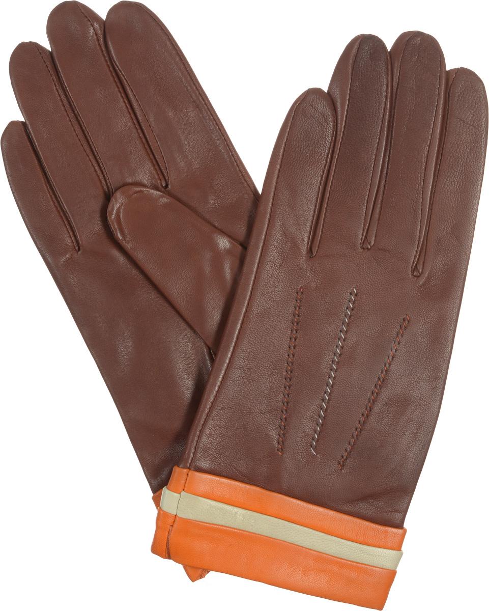 ПерчаткиIS402Стильные женские перчатки Eleganzza не только защитят ваши руки от холода, но и станут великолепным украшением. Они выполнены из мягкой и приятной на ощупь кожи, а их подкладка - из натурального шелка. Манжеты декорированы контрастными оборками, на лицевой стороне модели - декоративный шов 3 луча. На ладонной стороне изделия имеется разрез. Такие перчатки станут идеальным аксессуаром, дополняющим ваш стиль и неповторимость.