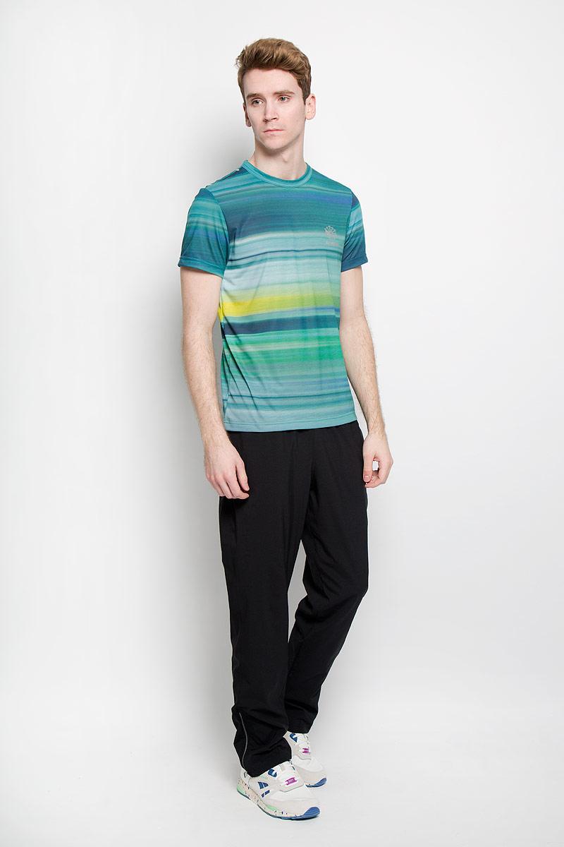 AK0667Стильная мужская футболка Reebok DC Motion Print Tee обеспечивает наибольший комфорт и свободу движений во время занятий спортом и в повседневной жизни. Она выполнена в оригинальном цвете и сочетает в себе свободный крой, удобную круглую горловину и короткие рукава. Футболка подарит вам удобство и комфорт. 100% полиэстер обеспечивает оптимальный микроклимат. Модель декорирована термоаппликацией в виде надписи Reebok и оригинального рисунка. Такая футболка послужит замечательным дополнением к вашему гардеробу.