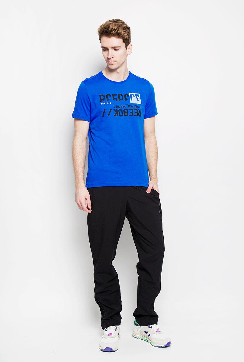 AK1476Стильная мужская футболка Reebok Wor C Com, выполненная из хлопка и полиэстера, обеспечивает наибольший комфорт и свободу движений во время занятий спортом и в повседневной носке. Модель свободного кроя с круглым вырезом горловины и короткими рукавами подарит вам удобство и комфорт. Изделие имеет смещенные плечевые швы, кокетку на спинке. Спереди расположен оригинальный принт в виде надписей на английском языке. Такая футболка послужит замечательным дополнением к вашему гардеробу.