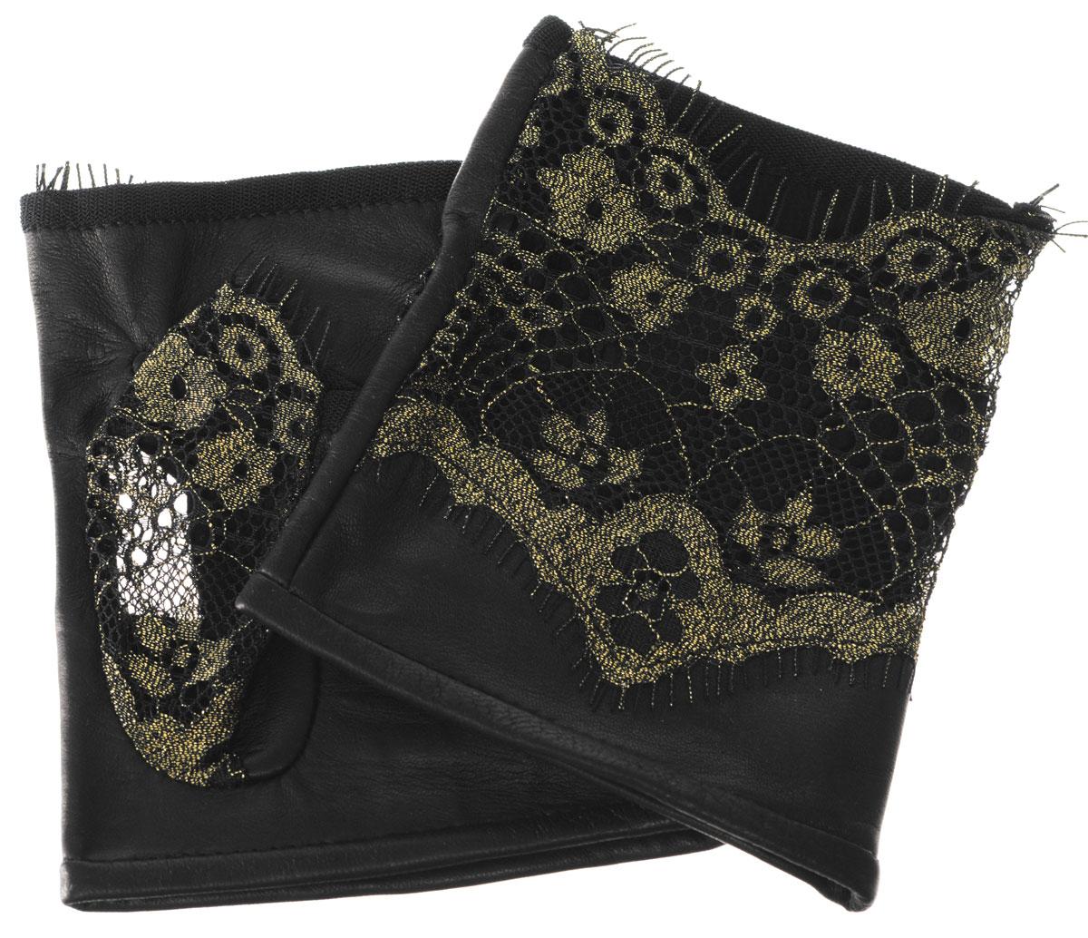 Митенки1050Лаконичные митенки Eleganzza изготовлены из гладкой, невероятно мягкой натуральной кожи ягненка. Внешняя часть декорирована кружевом. Первоначально митенки использовались для защиты от холода при выполнении работ, требующих подвижности пальцев. Но начиная с XVIII века митенки стали использоваться как модный женский аксессуар, дамы носили митенки и в помещениях, соответственно митенки выполняли больше эстетическую, а не практическую функцию. Такая мода продержалась и в XIX веке. Использовались как простые вязаные митенки, так и кружевные, причем они могли по длине доходить как до середины руки, так и до локтя. В России митенки использовались еще в XIX веке и считались женскими перчатками. В настоящий момент митенки используются как женщинами, так и мужчинами, но все-таки в большей степени считаются женским аксессуаром одежды!
