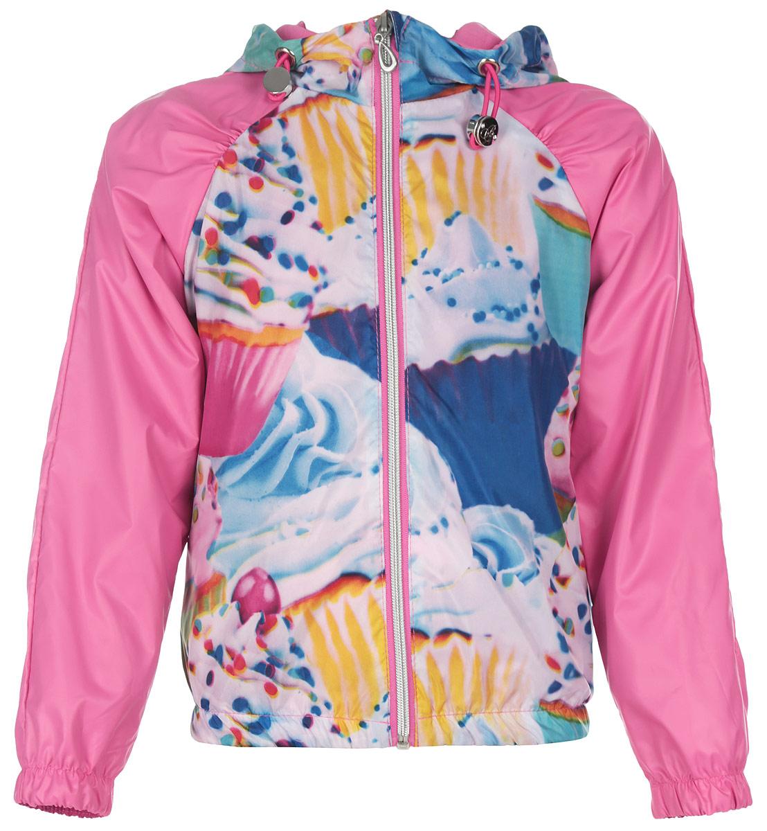 Куртка для девочки. 63543_BOG63543Стильная куртка для девочки Boom! идеально подойдет вашему ребенку в прохладную погоду. Модель изготовлена из водонепроницаемой и ветрозащитной ткани, на подкладке из полиэстера с добавлением хлопка и вискозы. Она не сковывает движения малышки и позволяет коже дышать, не раздражает даже самую нежную и чувствительную кожу ребенка, обеспечивая ему наибольший комфорт. Куртка с капюшоном застегивается на пластиковую застежку-молнию и дополнительно имеет защиту подбородка и ветрозащитную планку. Капюшон не отстегивается и по краю дополнен скрытой эластичной резинкой с металлическими стопперами. При необходимости его можно собрать и зафиксировать при помощи хлястика на пуговицу. С обеих сторон имеются два прорезных кармашка. Понизу модель присборена на резинку, препятствующую проникновению холодного воздуха. На изделии предусмотрены светоотражающие элементы для безопасности ребенка в темное время суток. Оформлена куртка ярким оригинальным принтом. Оригинальный...