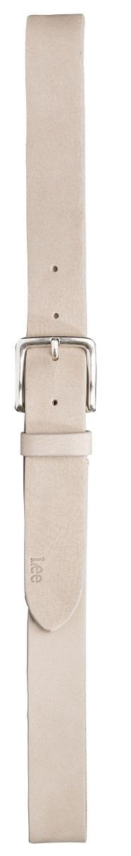 Ремень мужской. LB0450HALB0450HAСтильный мужской ремень Wrangler станет великолепным дополнением к любому образу. Ремень изготовлен из натуральной кожи и оформлен металлической пряжкой серебристого цвета. Такой ремень идеально подойдет к джинсам. Такой ремень станет великолепным дополнением к образу в стиле casual.