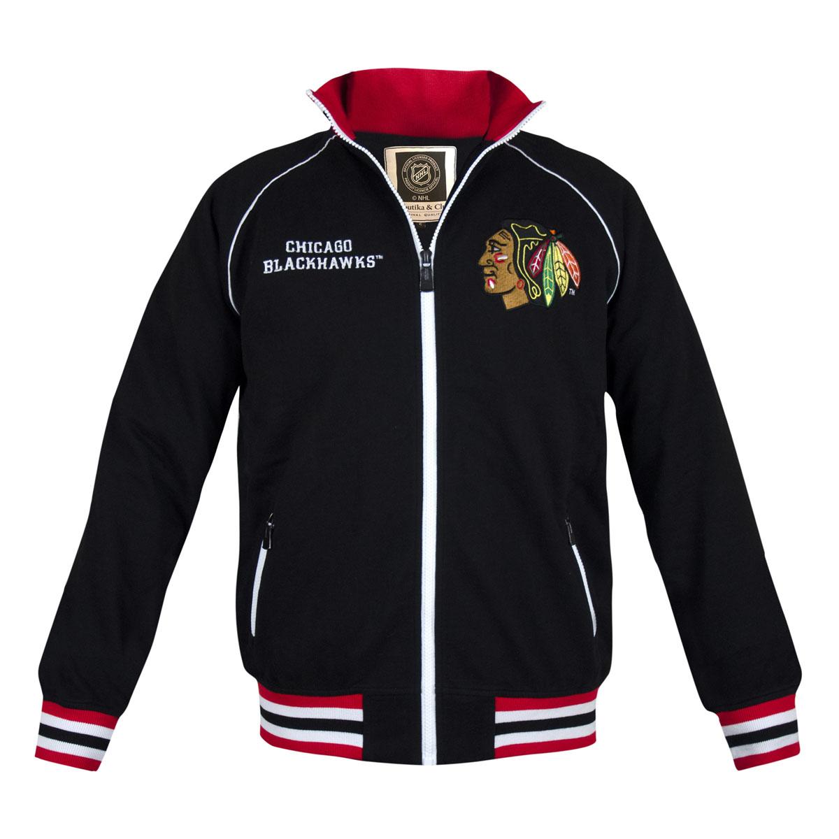 Толстовка с логотипом ХК35570Мужская толстовка NHL Chicago Blackhawks, изготовленная из натурального хлопка, очень мягкая и приятная на ощупь, не сковывает движения, обеспечивая наибольший комфорт. Толстовка с небольшим воротником-стойкой и длинными рукавами-реглан застегивается на молнию по всей длине. Снизу модели предусмотрена широкая мягкая резинка, которая предотвращает проникновение холодного воздуха. Рукава дополнены эластичными манжетами. Воротник, резинка и манжеты выполнены трикотажной резинкой с контрастными полосками. Спереди расположены два прорезных кармана на застежках-молниях. Изделие оформлено вышивкой с названием хоккейного клуба Chicago Blackhawks и аппликацией с его эмблемой. Стильная толстовка подарит вам комфорт и станет отличным дополнением к вашему гардеробу.