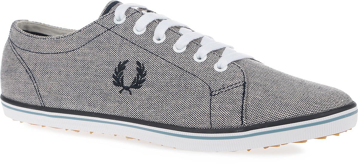 Кеды мужские Kingston 2 Tone Canvas. B8206-608B8206-608Стильные мужские кеды Kingston 2 Tone Canvas от Fred Perry покорят вас с первого взгляда! Модель выполнена из плотного текстиля. Одна из боковых сторон оформлена вышивкой в виде логотипа бренда, другая - перфорацией, стилизованной под люверсы. Шнуровка обеспечивает надежную фиксацию обуви на ноге. Стелька и подкладка из текстиля гарантируют комфорт при движении. Прочная резиновая подошва с рельефным рисунком обеспечивает сцепление с любой поверхностью. Такие кеды займут достойное место в вашем гардеробе.
