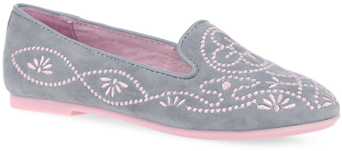 Туфли для девочки. 2329023290-1Очаровательные туфли от Kapika придутся по душе вашей юной моднице! Модель, выполненная из натуральной замши, оформлена вышивкой и кожаным кантом. Внутренняя поверхность из натуральной кожи. Стелька из натуральной кожи дополнена супинатором с перфорацией, который обеспечивает правильное положение ноги ребенка при ходьбе, предотвращает плоскостопие. Анатомическая стелька обеспечивает воздухопроницаемость, отличную амортизацию, сохранение комфортного микроклимата обуви, эффективное поглощение влаги и неприятных запахов. Рифленая поверхность подошвы гарантирует отличное сцепление с любыми поверхностями. Удобные туфли - незаменимая вещь в гардеробе каждой девочки.