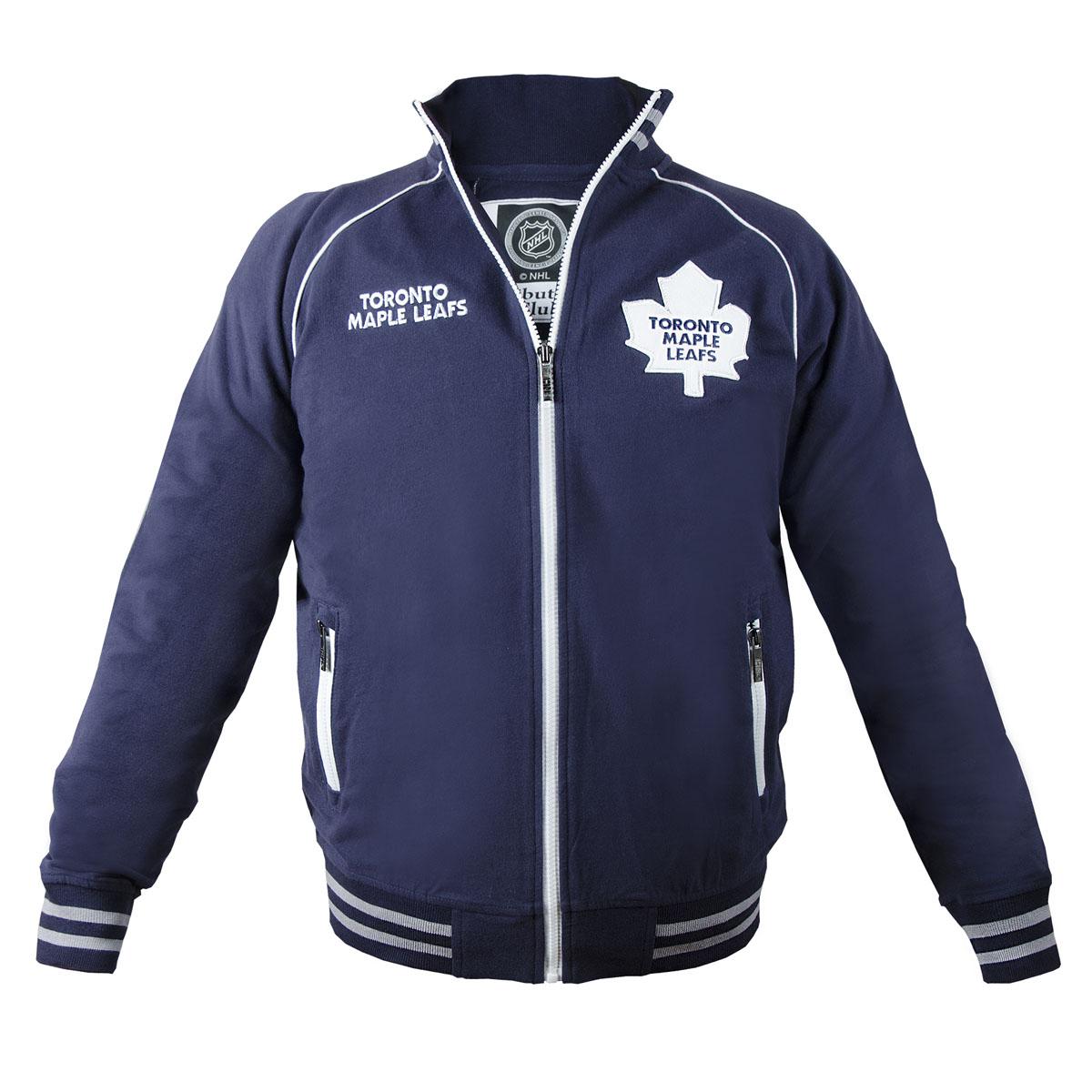 Толстовка с логотипом ХК35580Мужская толстовка NHL Toronto Maple Leafs, изготовленная из натурального хлопка, очень мягкая и приятная на ощупь, не сковывает движения, обеспечивая наибольший комфорт. Толстовка с небольшим воротником-стойкой и длинными рукавами-реглан застегивается на молнию по всей длине. Снизу модели предусмотрена широкая мягкая резинка, которая предотвращает проникновение холодного воздуха. Рукава дополнены эластичными манжетами. Спереди расположены два прорезных кармана на застежках-молниях. Изделие декорировано вышивкой с названием хоккейного клуба Toronto Maple Leafs и аппликацией с его эмблемой. Резинка, воротник и манжеты оформлены контрастными полосками. Стильная толстовка подарит вам комфорт и станет отличным дополнением к вашему гардеробу.