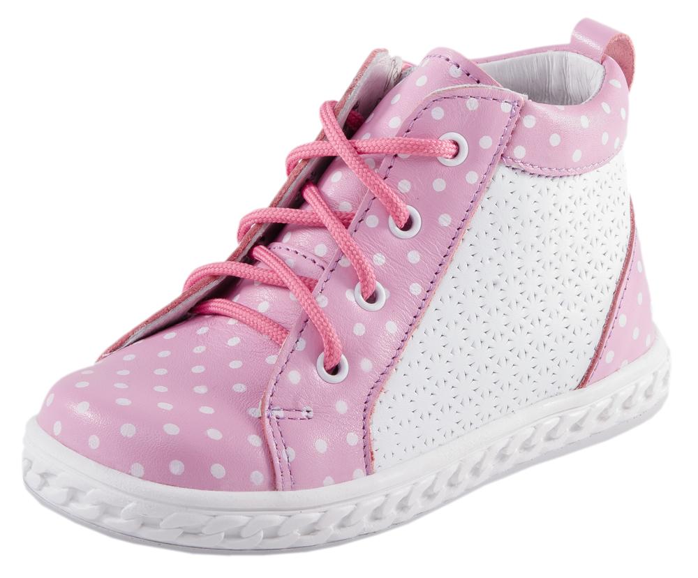 Ботинки для девочки. 352055-21352055-21Милые ботиночки выполнены полностью из натуральной кожи. Кожаная подкладка абсорбирует образующуюся внутри обуви влагу и гарантирует полный комфорт. Удобная застежка-молния позволяет легко обувать и снимать ботинки, а функциональная шнуровка обеспечит идеальную фиксацию обуви на ноге. Мягкий манжет создает комфорт при ходьбе и предотвращает натирание ножки ребенка. Модная кедовая подошва из термоэластопласта легкая и удобная. Благодаря принту «горошек» модель смотрится на ножке очень нежно и нарядно.