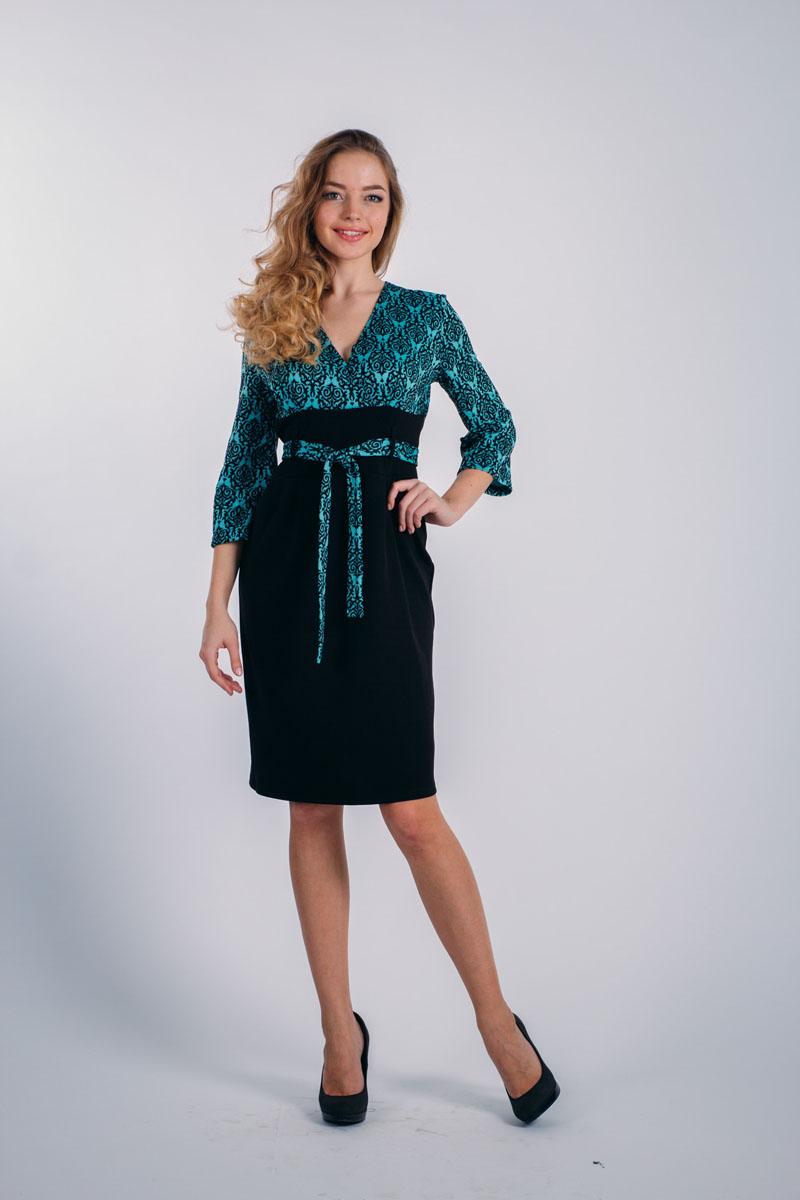 Платье. 753753Элегантное платье-футляр Lautus выполнено из высококачественного эластичного полиэстера с добавлением вискозы. Модель с лифом внахлест, рукавами 3/4 и V-образным вырезом горловины обеспечит вам комфорт и удобство при носке. Интересный крой платья создает иллюзию завышенной талии, что визуально удлиняет ноги и делает пропорции фигуры более привлекательными. На талии имеется поясок из ткани, продетый в шлевки. Рукава дополнены эластичными манжетами. Спереди от линии талии заложены складки. Верх изделия выполнен в контрастном цвете и оформлен вязаным узором. Изысканная модель создаст обворожительный и неповторимый образ. Это модное и удобное платье станет превосходным дополнением к вашему гардеробу, оно подарит вам удобство и поможет вам подчеркнуть свой вкус и неповторимый стиль.