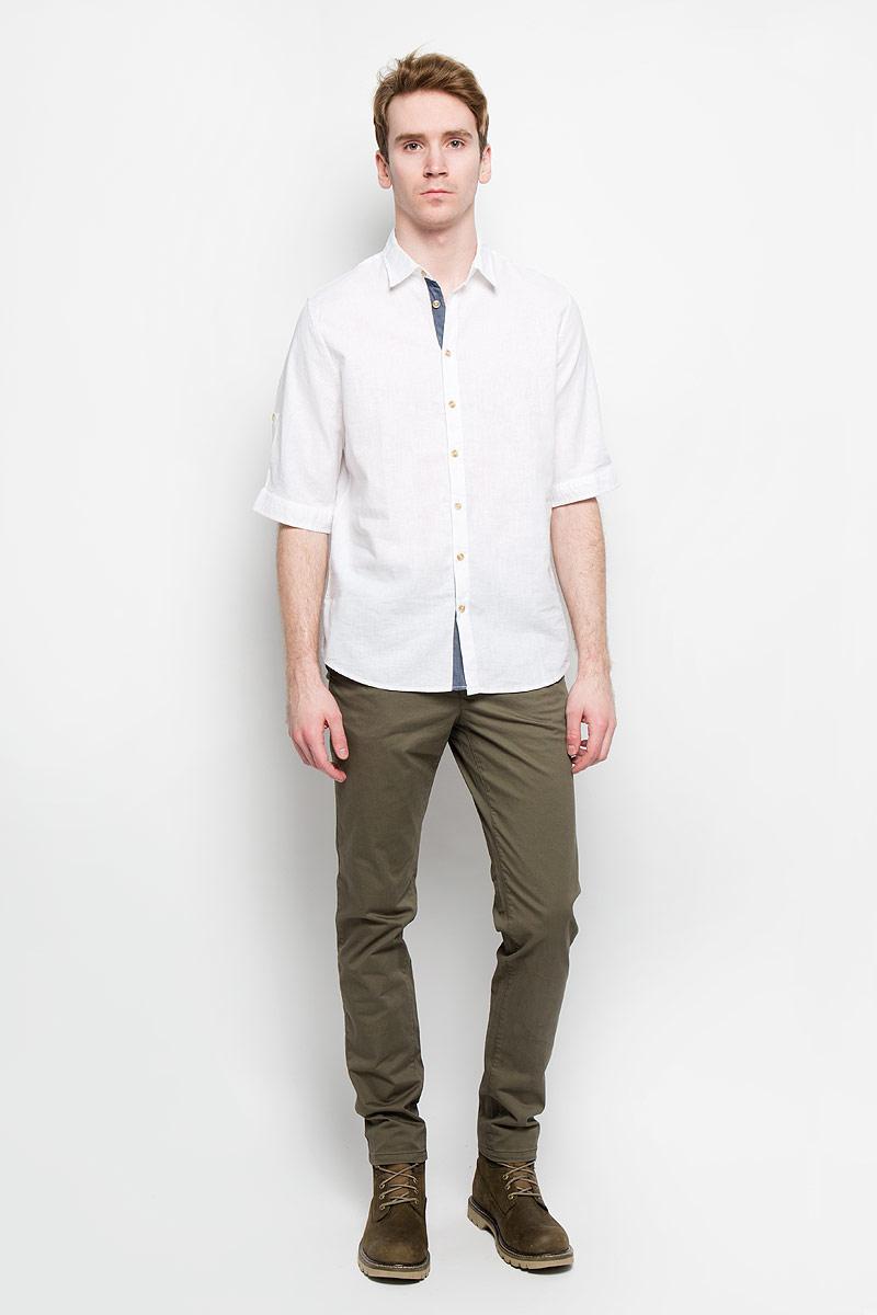 Рубашка мужская. Hs-212/670-6123Hs-212/670-6123Стильная мужская рубашка Sela, выполненная из хлопка и льна, мягкая и приятная на ощупь, не сковывает движения и позволяет коже дышать, обеспечивая комфорт. Модель с отложным воротником и короткими рукавами застегивается на пластиковые пуговицы по всей длине. Низ рукава обработан манжетами, которые застегиваются на пуговицы. Эта модная и удобная рубашка послужит отличным дополнением к вашему гардеробу.