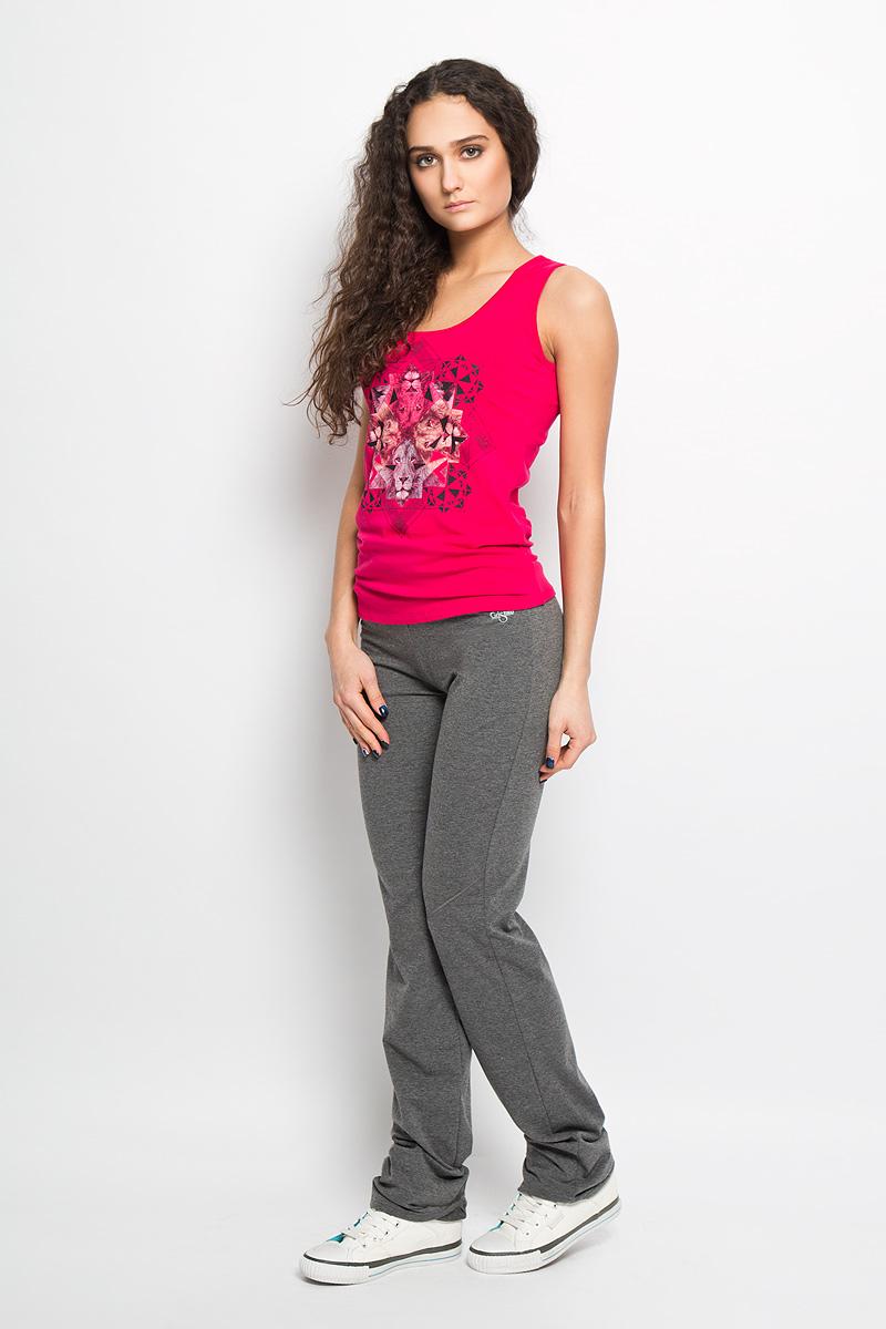 Брюки спортивныеAL- 2764Модные спортивные женские брюки Grishko великолепно подойдут для занятий в зале и прогулок на свежем воздухе. Модель прямого кроя с диагональными подрезами выше колена и плотным фиксирующим поясом выполнена из хлопка с добавлением лайкры. Такая ткань отлично пропускает воздух, впитывает влагу, сохраняет форму и дает свободу движений. Брюки украшены логотипом бренда. Эти модные и в то же время удобные брюки - настоящее воплощение комфорта. В них вы всегда будете чувствовать себя уверенно и уютно.