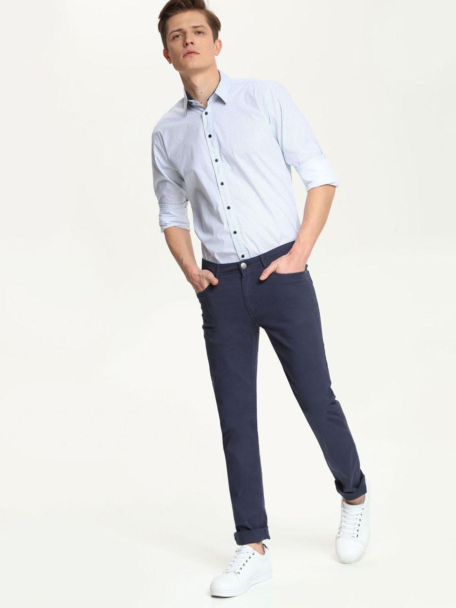 Рубашка мужская. SKL1951NISKL1951NIСтильная мужская рубашка Top Secret, выполненная из натурального хлопка, обладает высокой теплопроводностью, воздухопроницаемостью и гигроскопичностью, позволяет коже дышать, тем самым обеспечивая наибольший комфорт при носке. Модель классического кроя с отложным воротником застегивается на пуговицы. Длинные рукава рубашки дополнены манжетами на пуговицах. Оформлено изделие оригинальным мелким принтом. Такая рубашка подчеркнет ваш вкус и поможет создать великолепный стильный образ.