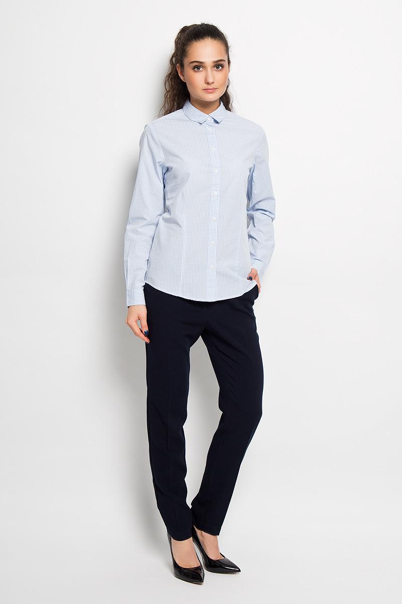 Рубашка женская. SKL196SKL1967BIЖенская рубашка Top Secret, выполненная из 100% хлопка, станет отличным дополнением к вашему гардеробу. Материал очень мягкий и приятный на ощупь, не сковывает движения и хорошо пропускает воздух. Рубашка с отложным воротником и длинными рукавами застегивается на пуговицы. Манжеты рукавов также застегиваются на пуговицы. Изделие оформлено рисунком в мелкую клетку по всей поверхности. Современный дизайн и расцветка делают эту рубашку модным и стильным предметом женской одежды, в ней вы всегда будете чувствовать себя уютно и комфортно.