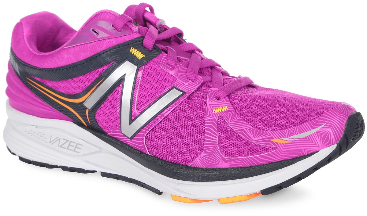 КроссовкиWPRSMPBСтильные женские кроссовки от New Balance придутся по душе быстрым бегуньям, желающих чувствовать динамику и умеренную поддержку стопы во время бега. Верх модели, выполненный из текстиля, дополнен вставками из искусственной кожи и искусственных материалов. По бокам обувь оформлена декоративными элементами в виде фирменного логотипа бренда, на язычке - фирменной нашивкой, по бокам и мысе - оригинальным принтом. Классическая шнуровка надежно зафиксирует изделие на ноге. Мягкая верхняя часть и подкладка, изготовленная из текстиля, гарантируют уют и предотвращают натирание. Стелька из материала EVA с текстильной поверхностью обеспечивает комфорт. Технология Revlite в подошве, которая на 30% легче обычных аналогов из EVA материала, обеспечивает легкий вес без минимизации конструкции. Подошва оснащена рифлением для лучшей сцепки с поверхностями. Удобные кроссовки займут достойное место среди коллекции вашей обуви.