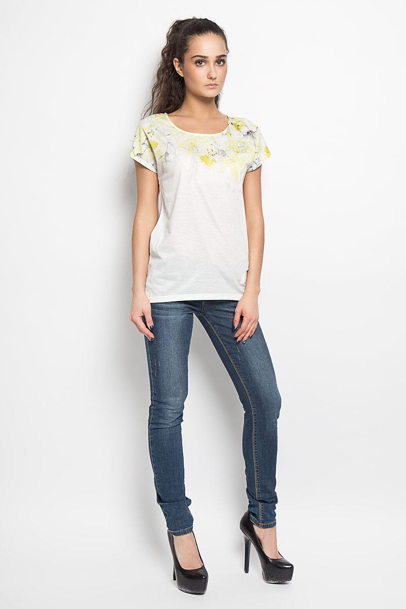 ФутболкаTPO1342BIМодная женская футболка Troll, выполненная из высококачественного материала, придется вам по душе. Модель с короткими рукавами-кимоно и круглым вырезом горловины - идеальный вариант для создания стильного образа. В верхней части изделие оформлено цветочным принтом. Спинка футболки немного удлинена. Такая модель подарит вам комфорт в течение всего дня и послужит замечательным дополнением к вашему гардеробу.