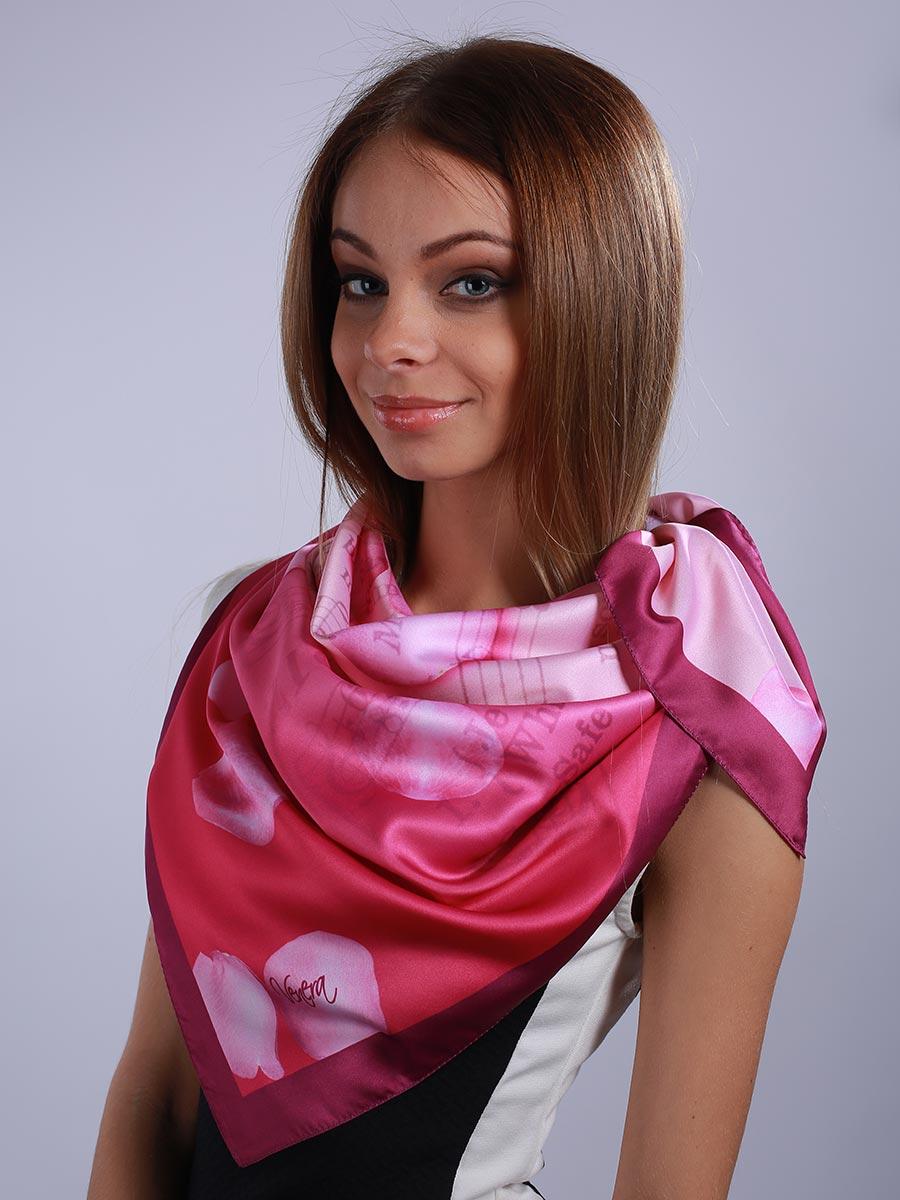 Платок женский. 3901427-073901427-07Стильный женский платок Venera станет великолепным завершением любого наряда. Платок, изготовленный из полиэстера, оформлен изображение нотной тетради и лепестков роз. Классическая квадратная форма позволяет носить платок на шее, украшать им прическу или декорировать сумочку. Легкий и приятный на ощупь платок поможет вам создать изысканный женственный образ. Такой платок превосходно дополнит любой наряд и подчеркнет ваш неповторимый вкус и элегантность.
