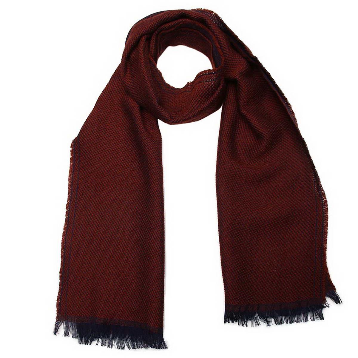 Шарф5001832-10Стильный мужской шарф Venera будет прекрасно согревать в осеннюю прохладу и морозы. Шарф выполнен из натуральной шерсти и оформлен по краям бахромой. Классический шарф идеально дополнит мужской образ, а ненавязчивый дизайн сделает аксессуар универсальной вещью, которая удачно дополнит любую верхнюю одежду мужчины, подчеркнет неповторимый вкус и элегантность.