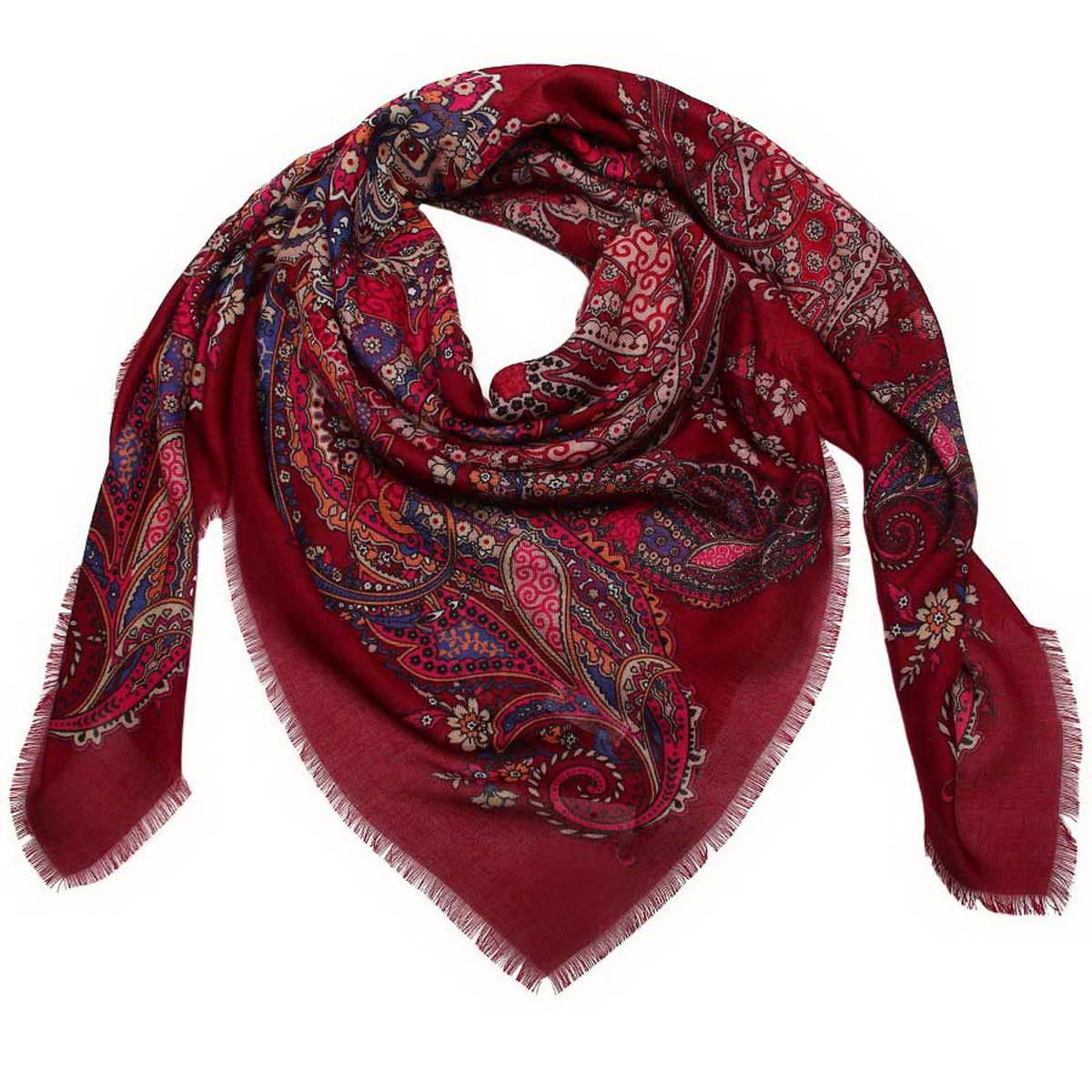 6000452-03Стильный женский платок Venera станет великолепным завершением любого наряда. Платок изготовлен из полиэстера и оформлен оригинальным принтом. Края изделия дополнены бахромой. Классическая квадратная форма позволяет носить платок на шее, украшать им прическу или декорировать сумочку. Легкий и приятный на ощупь платок поможет вам создать изысканный женственный образ. Такой платок превосходно дополнит любой наряд и подчеркнет ваш неповторимый вкус и элегантность.