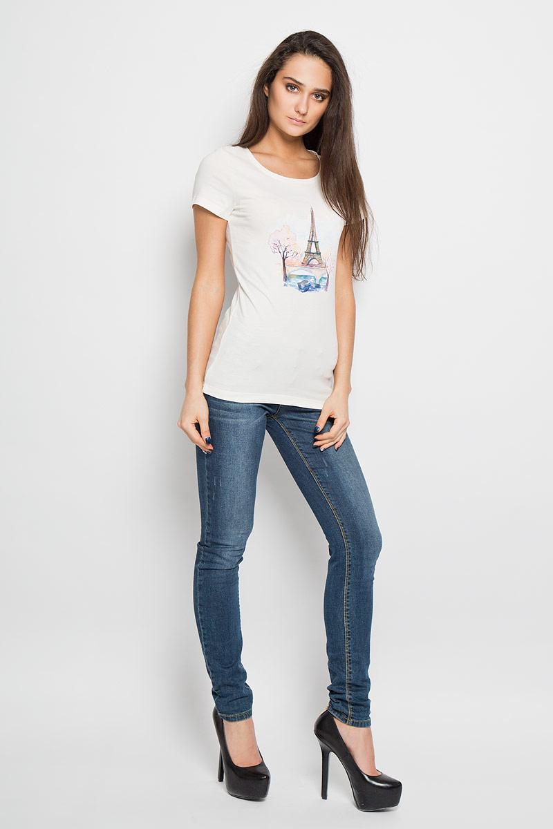 160086Отличная женская футболка F5, выполненная из хлопка с добавлением эластана, приятная на ощупь не сковывает движения и позволяет коже дышать. Модель с круглым вырезом горловины и короткими рукавами спереди оформлена термоаппликацией с видами Франции. Эта футболка станет отличным дополнением к вашему гардеробу.