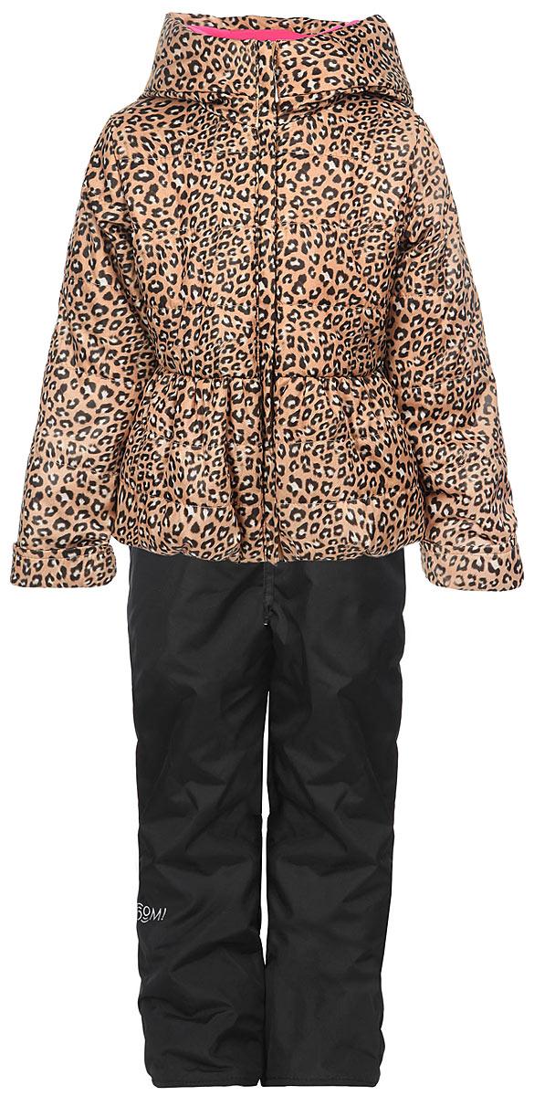 Комплект для девочки: куртка, брюки. 63620DM_BOG_вариант 163620DM_BOG_вариант 1Яркий комплект для девочки Boom!, состоящий из куртки и брюк, идеально подойдет вашему ребенку в прохладную погоду. Комплект, изготовленный из водоотталкивающей и ветрозащитной ткани, утеплен синтепоном. В качестве подкладки используется полиэстер с добавлением хлопка и вискозы. Изделие приятное и мягкое на ощупь, легко стирается и быстро сушится. Куртка с капюшоном застегивается на пластиковую молнию с защитой подбородка и имеет внешнюю ветрозащитную планку. Капюшон не отстегивается, украшен декоративными ушками. На талии и по низу куртка присборена на эластичные резинки. По бокам куртка дополнена двумя прорезными кармашками. Оформлено изделие анималистический принтом. Брюки прямого кроя на талии имеют широкую трикотажную резинку, регулируемую шнурком. По бокам они дополнены двумя прорезными кармашками. Подкладка изделия выполнена из теплого мягкого флиса. Оформлена модель небольшой надписью, содержащей название бренда. Длину рукавов и брюк можно...
