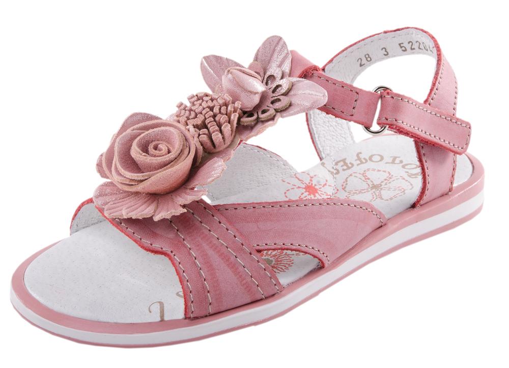 Сандалии для девочек. 522042-22522042-22Удобные, максимально открытые сандали для девочки выполнены из натуральной кожи.Потрясающая легкость, уравновешенная графика деталей, интересные цвета подаряю юным модницам истинно летние ощущения тепла, света и радости.