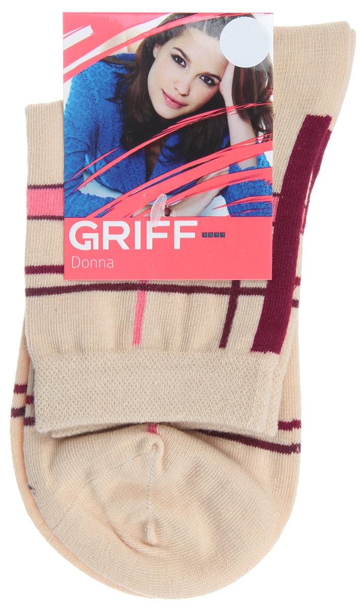D58Женские носки Griff Линии изготовлены из высококачественного сырья. Носки очень мягкие на ощупь, а широкая резинка плотно облегает ногу, не сдавливая ее, благодаря чему вам будет комфортно и удобно. Усиленная пятка и мысок обеспечивают надежность и долговечность. Носки оформлены оригинальным принтом.
