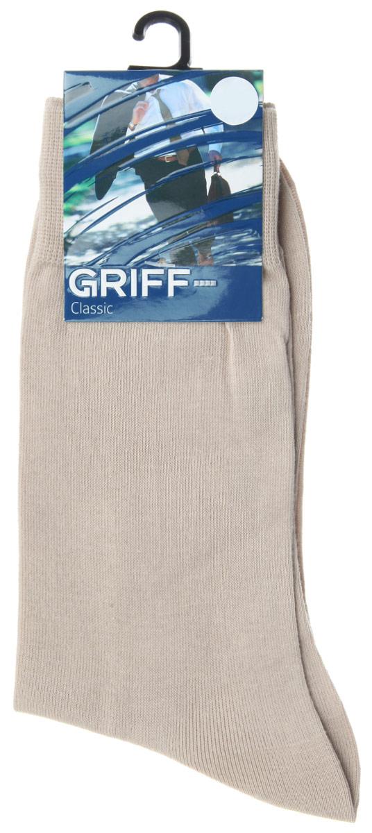 Носки мужские Classic. A1A1Мужские носки Griff Classic изготовлены из высококачественного сырья с добавлением полиамидных волокон, которые обеспечивают великолепную посадку. Носки отличаются элегантным внешним видом. Удобная широкая резинка идеально облегает ногу и не пережимает сосуды, усиленные пятка и мысок повышают износоустойчивость носка, а удлиненный паголенок придает более эстетичный вид.