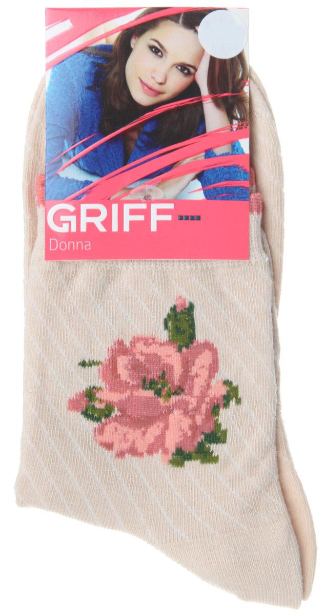 НоскиD252Женские носки Griff Цветок изготовлены из высококачественного сырья. Носки очень мягкие на ощупь, а широкая резинка плотно облегает ногу, не сдавливая ее, благодаря чему вам будет комфортно и удобно. Усиленная пятка и мысок обеспечивают надежность и долговечность. Носки на паголенке оформлены рисунком в виде розы.