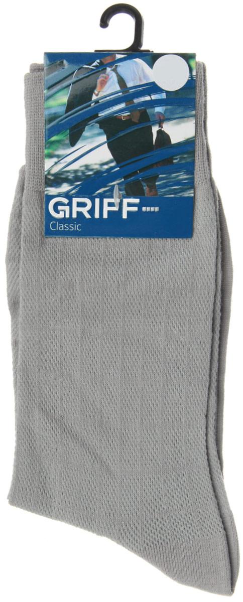 Носки мужские Classic. A21A21Мужские носки Griff Classic, вывязанные техникой платировки, изготовлены из высококачественного сырья с добавлением полиамидных волокон, которые обеспечивают великолепную посадку. Носки отличаются элегантным внешним видом. Удобная широкая резинка идеально облегает ногу и не пережимает сосуды, усиленные пятка и мысок повышают износоустойчивость носка, а удлиненный паголенок придает более эстетичный вид.