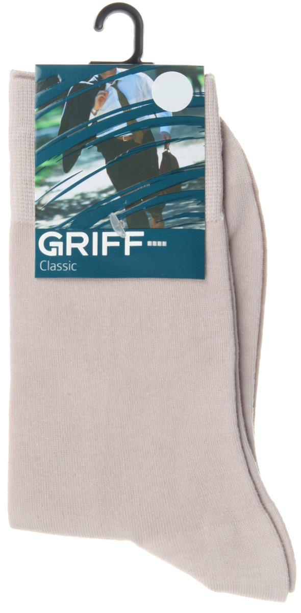 Носки мужские Classic. B01B01Мужские носки Griff Classic изготовлены из высококачественного сырья с добавлением полиамидных волокон, которые обеспечивают великолепную посадку. Носки отличаются элегантным внешним видом. Удобная широкая резинка идеально облегает ногу и не пережимает сосуды, усиленные пятка и мысок повышают износоустойчивость носка, а удлиненный паголенок придает более эстетичный вид.