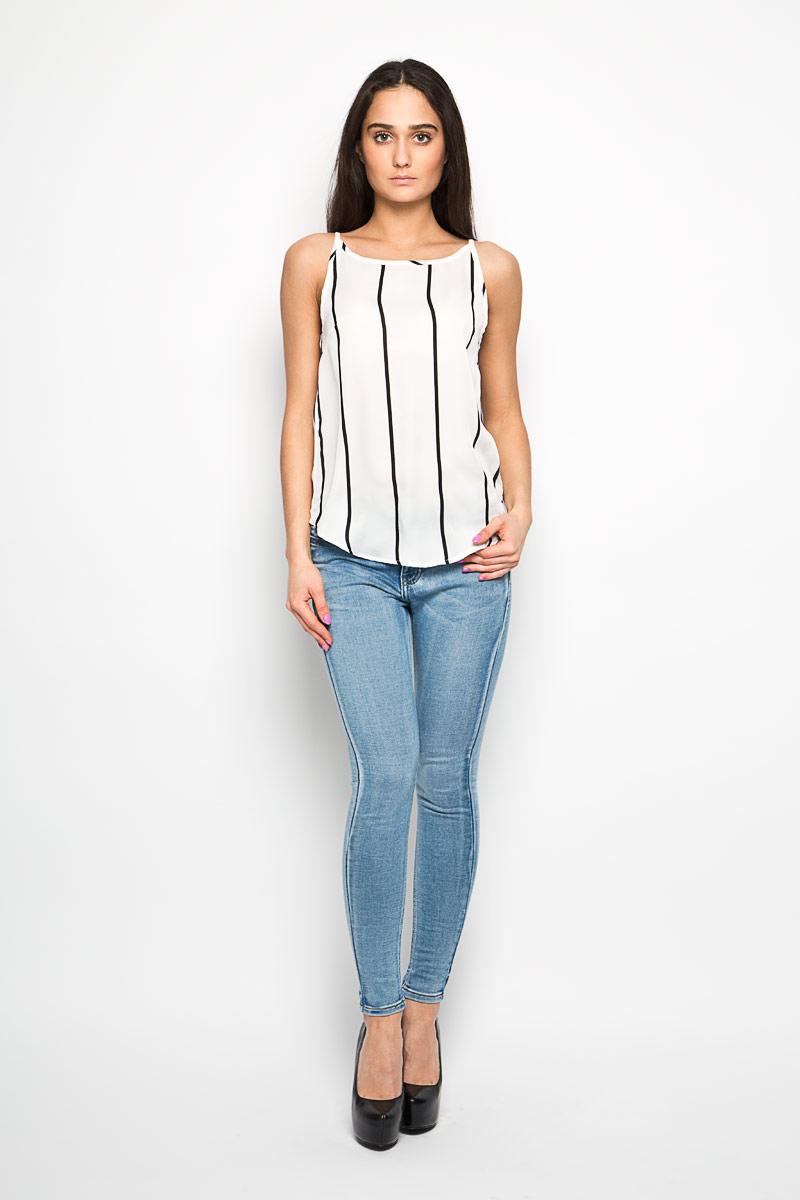ТопKA3748A_WHITE BLACK STRIPEЖенский топ Glamorous, выполненный из полиэстера, станет прекрасным дополнением к вашему гардеробу. Модель на тонких бретельках с круглым вырезом горловины. Спинка немного удлинена. По всей поверхности топ дополнен принтом в полоску. Современный дизайн и расцветка делают этот топ стильным и ярким предметом женской одежды. Он отлично дополнит ваш образ и позволит выделится из толпы.