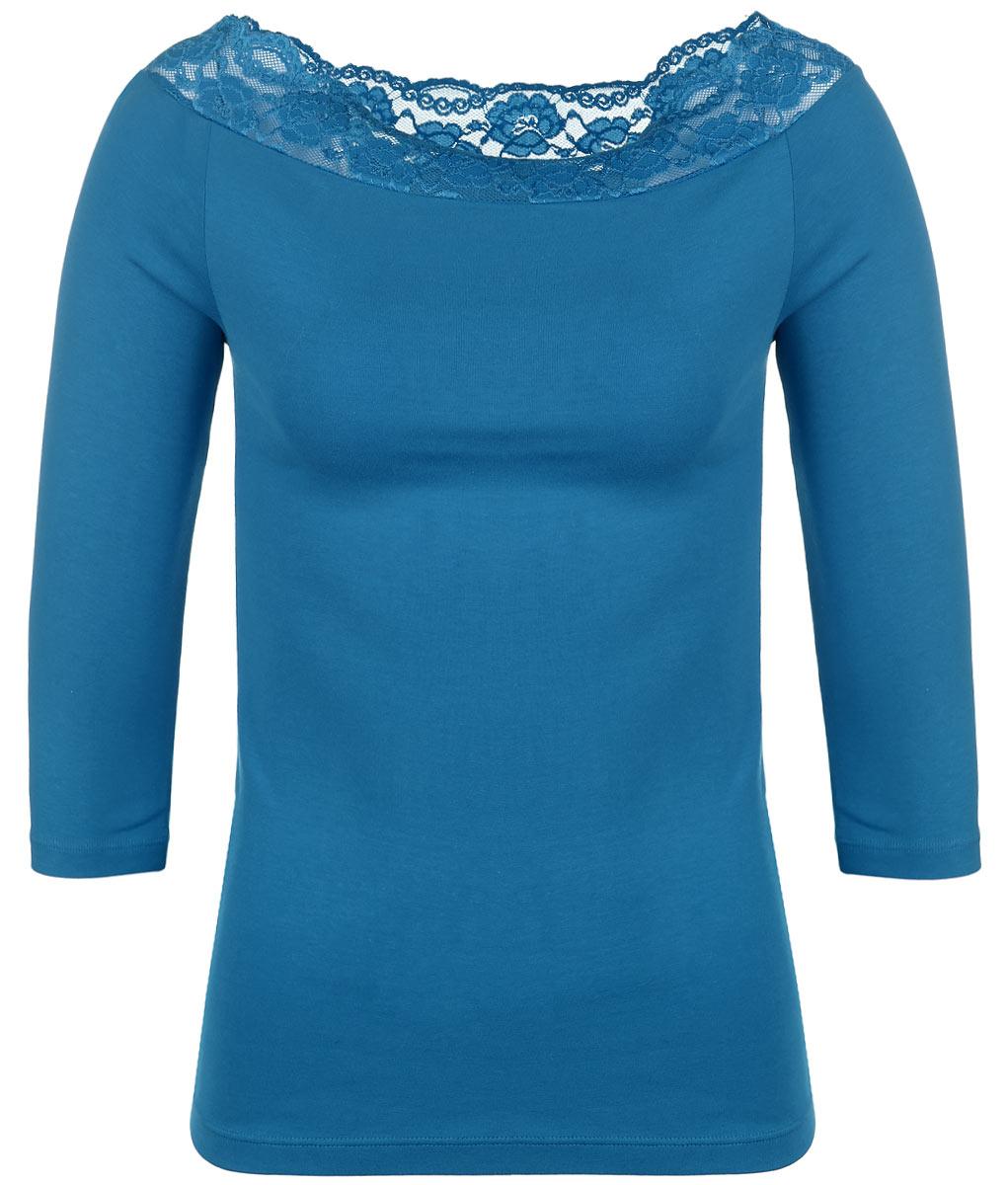ФутболкаLF1-223Необыкновенно женственная футболка Lowry прилегающего силуэта, изготовленная из хлопка с добавлением лайкры, прекрасно подойдет для любого типа фигуры. Нежнейшее эластичное кружево подчеркнет вашу линию плеч. Ткань не деформируется при носке и приятная на ощупь. Такая замечательная футболка станет как отличным украшением гардероба, так и восхитительным подарком. В ней вы всегда будет в центре внимания!