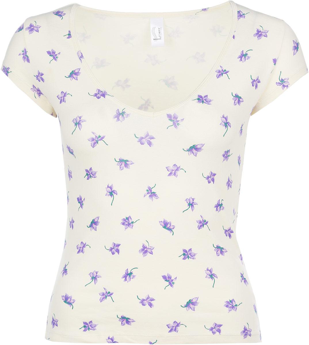 ФутболкаLF-107Очаровательная женская футболка Lowry облегающего кроя, изготовленная из высококачественного материала, приятная на ощупь, не сковывает движения, обеспечивая наибольший комфорт. Модель с короткими рукавами и V-образным вырезом горловины. Оформлена нежным цветочным принтом. Очень комфортная модель, которая отлично будет смотреться с различными предметами вашего гардероба.
